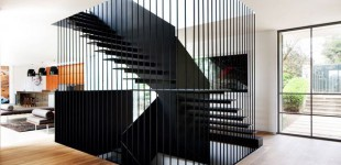 Linear staircase